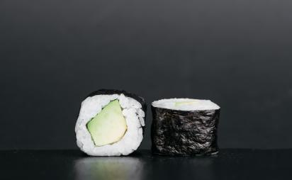 Maki with avocado